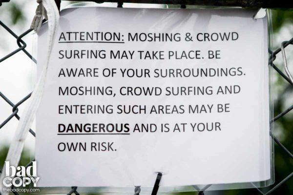 Mosh Sign